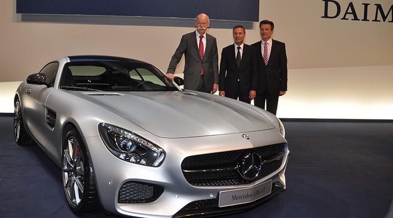Konzernchef Zetsche will Daimler 2015 noch profitabler machen.