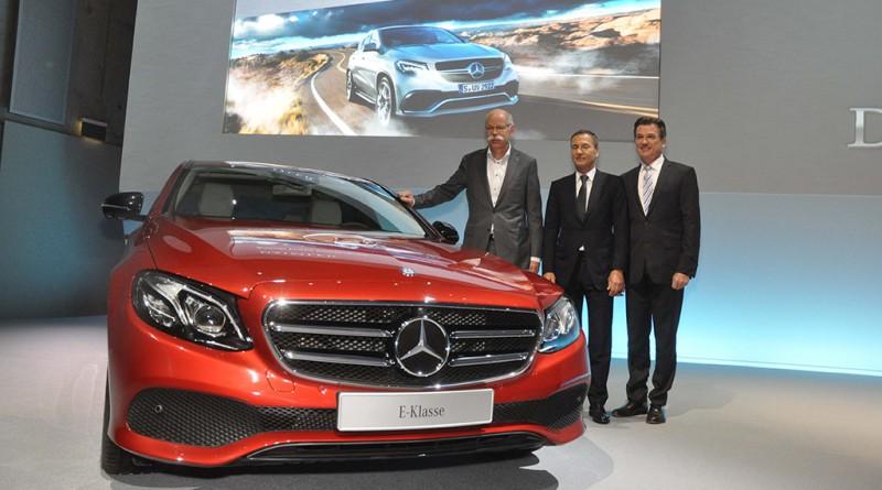 Daimler hat wie angekündigt den Absatz im Jahr 2015 insgesamt deutlich gesteigert. Mit rund 2,9 Mio. Fahrzeugen wurde das Vorjahresniveau um 12% übertroffen.